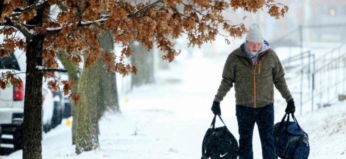 Estado de emergencia y cierre de escuelas en noreste del país por tormenta invernal