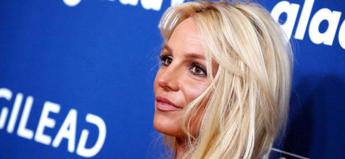 Britney Spears sale de centro siquiátrico donde estaba recluida
