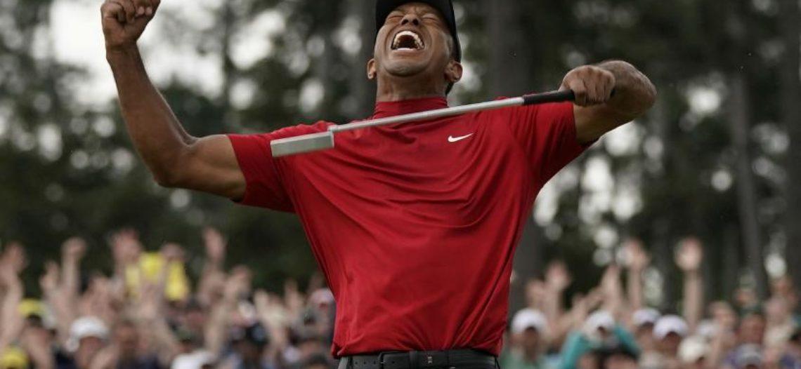 Tiger Woods gana Masters de Augusta 11 años después de su última gran victoria