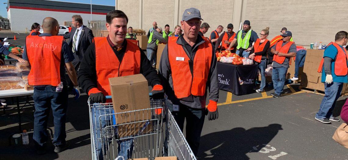Agricultores y Bancos de Alimentos de Arizona se unen para ayudar a familias