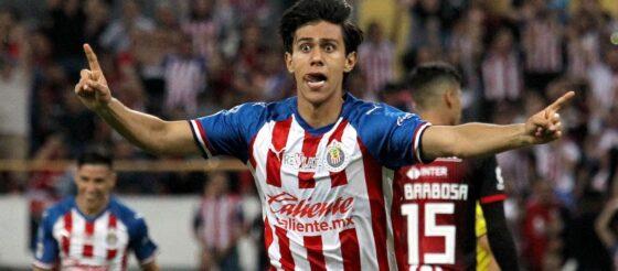 Negociaciones entre Chivas y Lille por Macías ya habrían iniciado