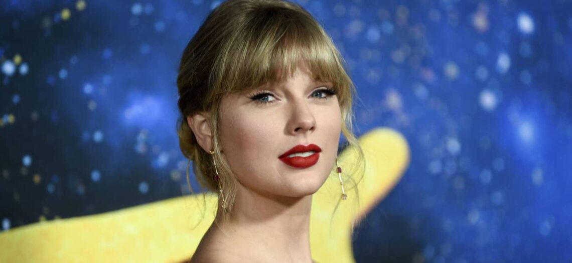 """Taylor Swift lanza su nuevo álbum """"Folklore"""""""