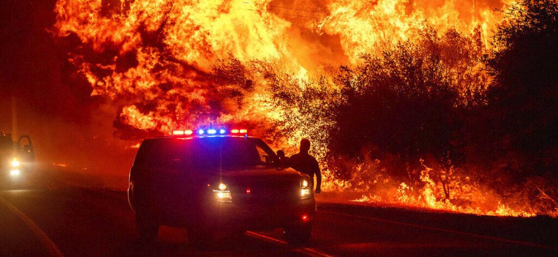 Incendios dejan 23 muertos en California, Oregon y Washington