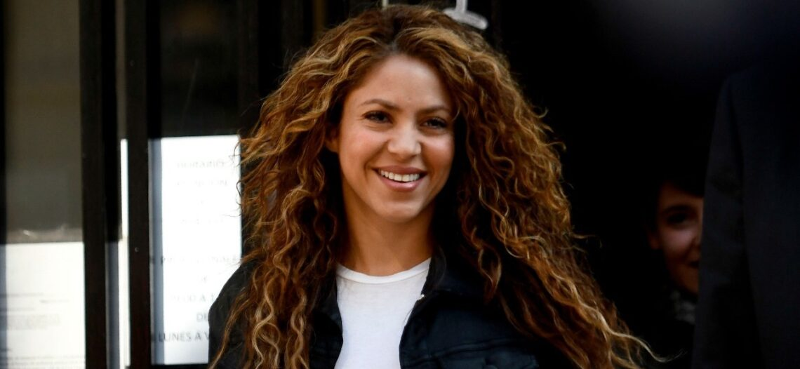 Agencia tributaria ratifica fraude de Shakira por 17.4 mdd