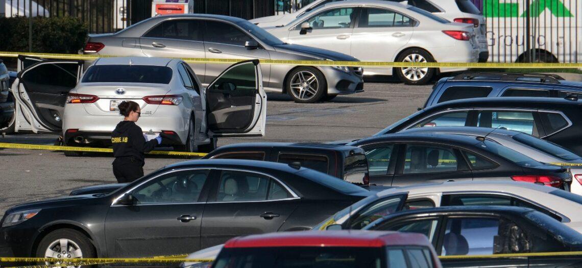 Tiroteo deja ocho muertos en centro de FedEx en Indianapolis