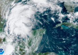 Alerta en Texas, Luisiana y México por la tormenta Nicholas