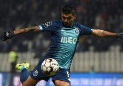 Futbolistas mexicanos, lejos de los mejor valuados en Europa League y Champions League